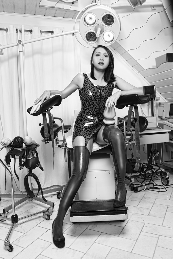 mistress ornella-05